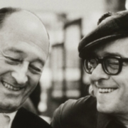 Vinicius De Moraes, a sinistra, con il poeta francese Pierre Seghers / Alécio De Andrade