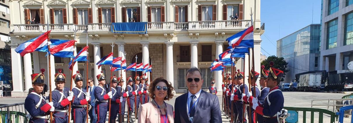 Il segretario generale Antonella Cavallari insieme al sottosegretario agli Esteri Ricardo Merlo a Montevideo